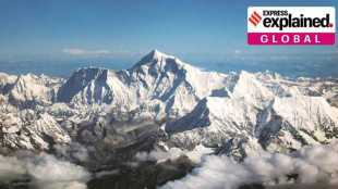 Mount Everest, Mount Everest new height, Mount Everest height, எவரெஸ்ட், எவரெஸ்ட் சிகரம் உயரம் அதிகரிப்பு, why was Mount Everest height changed, nepal, china, நேபாளம், சீனா, why everest is taller, tamil indian express