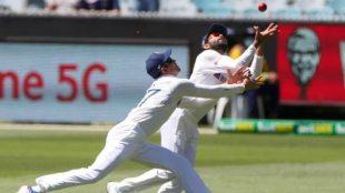 Ravindra Jadeja major collision with Shubman Gill averted - முட்டிக்கொண்ட சுப்மன் கில்... ஆனாலும் அசராமல் கேட்ச் செய்த ஜடேஜா
