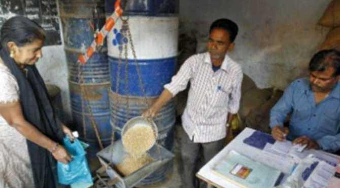 Tamil Nadu Select cardholders, free distribute 5 kg of chana, COVID-19 relief, chana free, tur dal, கொண்டைக் கடலை இலவசம், துவரம் பருப்பு இலவசம், ரேஷன் அட்டை, குடும்ப அட்டை, cm palaniswami, National Food Security Act, coronavirus relief, covid-19 relief, ration card, family card