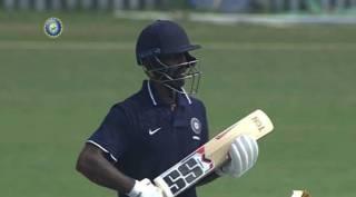Aparajith's unbeaten tamilnadu enters to semi final Mushtaq Ali t-20 trophy -அபராஜித் அபாரம்: ஒரு தோல்வி கூட இல்லாமல் அரையிறுதிக்குள் நுழைந்த தமிழக அணி