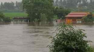 thamirabarani river flooding, thamirabarani river, heavy rain in tirunelveli district, pabanasam, manimuththaru, kuttralam falls, தாமிரபரணியில் வெள்ளம், திருநெல்வேலியில் கனமழை
