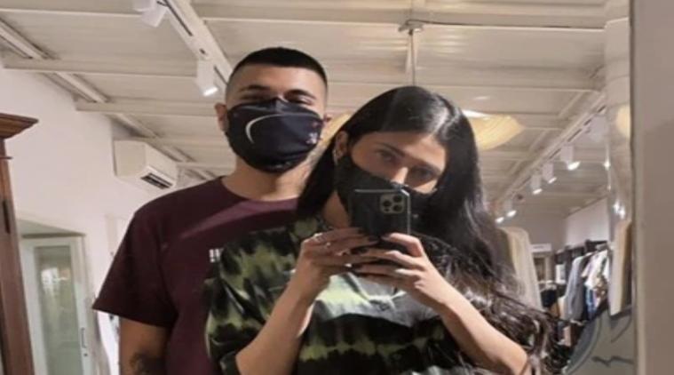 Shruti Hasan landed Chennai with her boyfriend Santanu Hazarika Viral Photos Tamil News