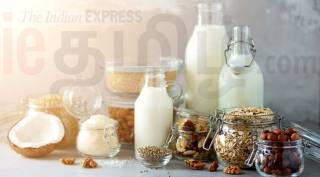 almond milk recipe news tamil news how to make almond milk at home