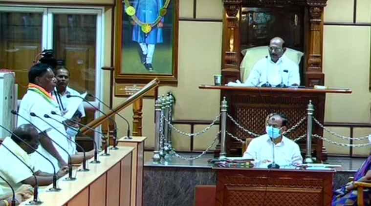 puducherry floor test, puducherry congress govt loses majority, puducherry cm v narayanasamy resigned, புதுச்சேரி சட்டப்பேரவை, புதுச்சேரி, புதுசேரி சட்டப்பேரவை நம்பிக்கை வாக்கெடுப்பு, புதுச்சேரியில் காங்கிரஸ் பெரும்பான்மை இழந்தது, narayanasamy resigned, முதல்வர் நாராயணசாமி ராஜினாமா, congress govt loses majority, puducherry floor test live, puducherry news, puducherry live, n rangasamy, congress, dmk, bjp, nr congress, காங்கிரஸ், திமுக, பாஜக, ரங்கசாமி
