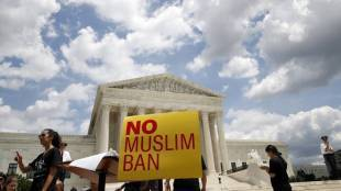 US Democrats reintroduce legislation to prevent future Muslim bans,