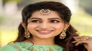 Anchor Actress Nakshathra Skincare Beauty Tips Tamil News