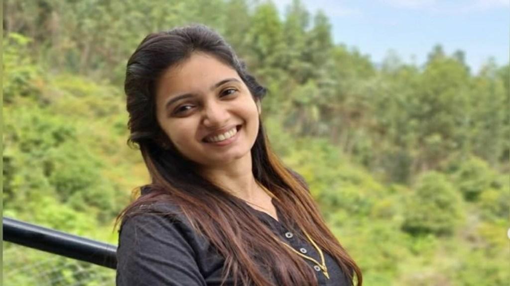 Nadhaswaram Malar Srithika Beauty Secrets Skincare Routine Tamil