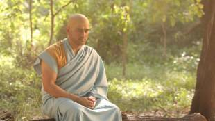 Cricket news in tamil Dhoni's monk avatar gets more memes in social media