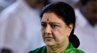 BJP wants vk sasikala in ADMK, admk, vk sasikala, சசிகலா, அதிமுக, அரசியலில் இருந்து விலகிய சசிகலா, பாஜக, டிடிவி தினகரன், sasikala quits from politics, ttv dinakaran