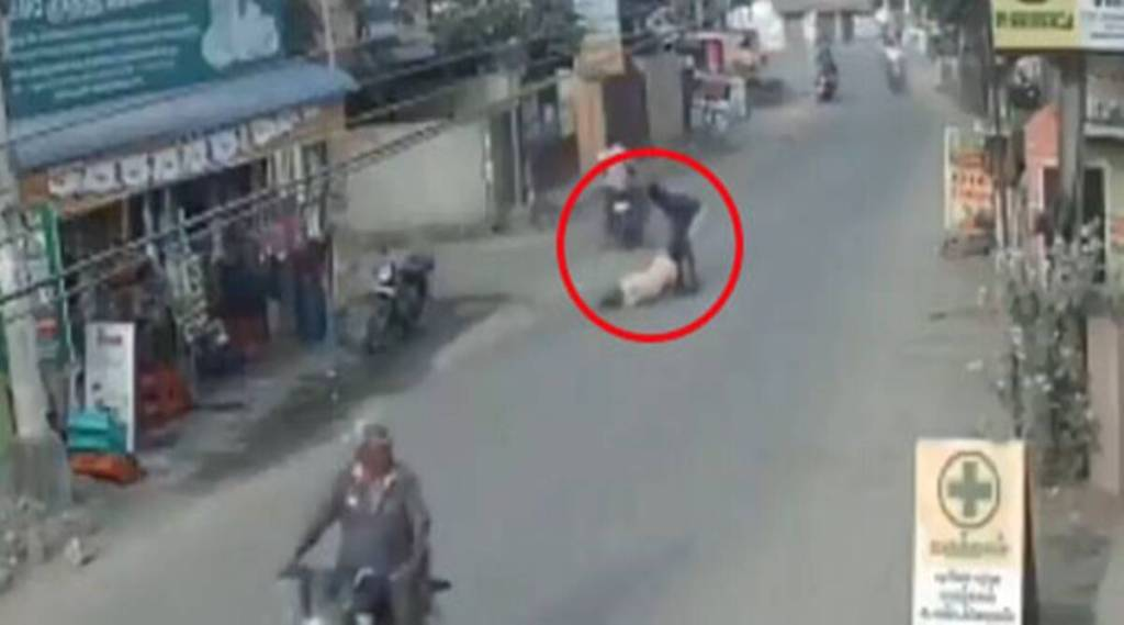 Chennai one held for dragging pregnant woman on road Tamil News