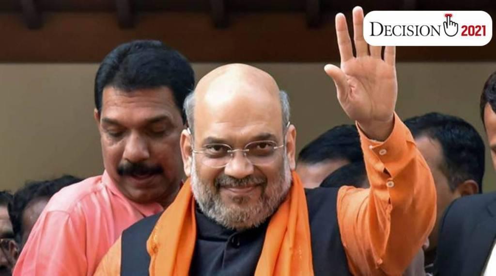 Mamata Banerjee abuses Modi me for 10 minutes daily Amit Shah