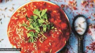 How to make Onion Chutney Vengaya Chatni Recipe Tamil