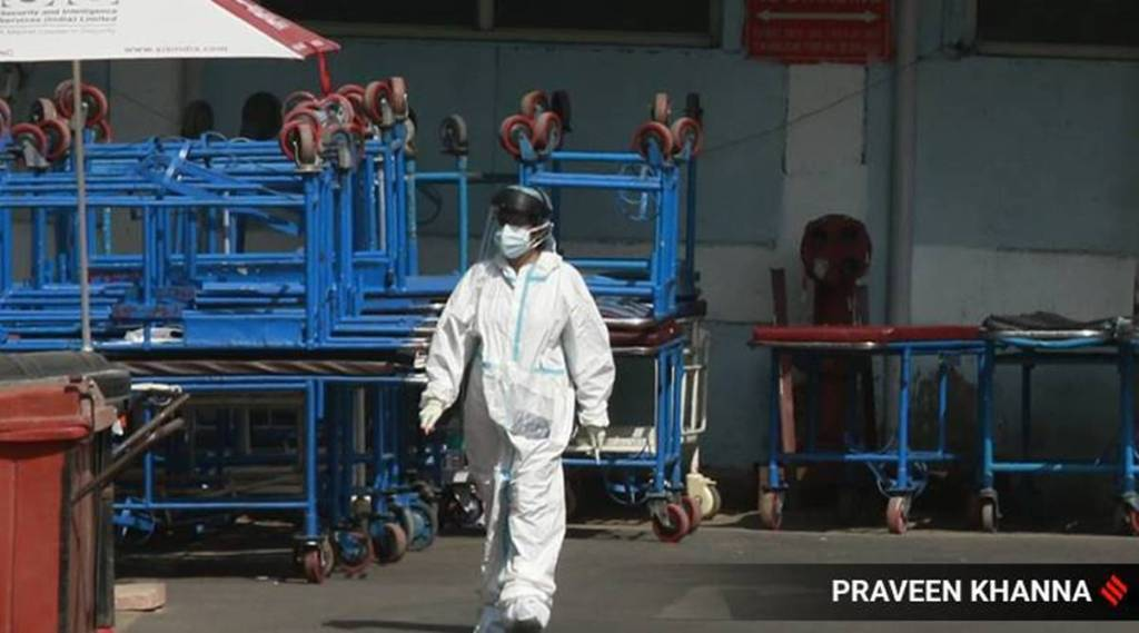 Coronavirus, India, coronavirus cases surge, Centre bans export of remdesivir, கொரோனா வைரஸ், ரெம்டெசிவர், கோவிட் 19, ரெம்டெசிவர் மருந்து ஏற்றுமதிக்கு மத்திய அரசு தடை, remdesivir, covid 19, central government, Centre bans export of remdesivir