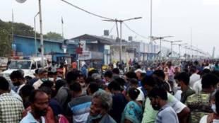people crowd gathering at kasimedu fish market, சென்னை, காசிமேடு மின் சந்தை, காசிமேடு, பொதுமக்கள் கூட்டம், கொரோனா வைரஸ், People flocking to Kasimedu, coronavirus