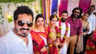 Tamil serial update Tamil News: Serial actress Mounika engagement viral photos
