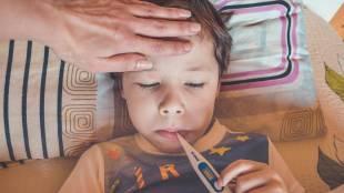 COVID-19 in children, coronavirus, How to manage asymptomatic children, கோவிட் 19, கொரோனா வைரஸ், அறிகுறியில்லாத குழந்தைகளி வீட்டு தனிமையில் பரமாமரிப்பது எப்படி, லேசான தொற்று, வீட்டு தனிமை, இந்தியா,how to manage mild cases children, how to manage children in home isolation, india, tamil nadu