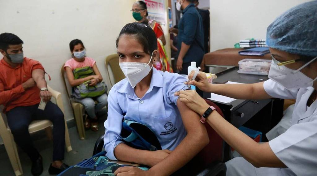 Bill for free vaccines and extra foodgrains will be Rs 1-15 lakh crore in fy21 Tamil News