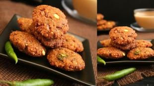 Snacks Recipe in tamil: how to make Vazhaipoo Vadai Recipe in Tamil