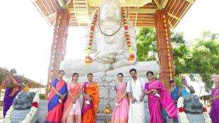 actor arjun builds new temple, durga stalin visits at arjun builds new temple, அர்ஜுன், அர்ஜுன் கட்டிய புதிய கோயில், துர்கா ஸ்டாலின், அர்ஜுன் கட்டிய கோயிலுக்கு சென்ற துர்கா ஸ்டாலின், tamil nadu politics, actor arjun, durga stalin dmk