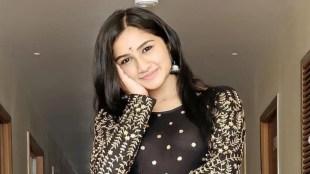 Mouna Ragam Raveena Daha Shopping Lifestyle Tamil News