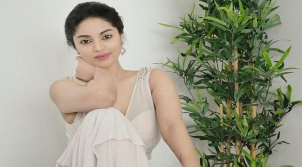 Bigg Boss Sanam Shetty Skincare Beauty Tips Tamil