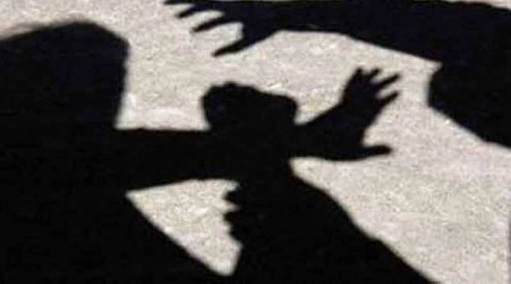 woman kills man to save herself from rape, minjur, பாலியல் வன்கொடுமை முயற்சி, தற்காப்புக்காக கொலை செய்த பெண், மீஞ்சூர், சென்னை, பாலியல் வன்கொடுமை, chennai, woman murders man, Minjur police release woman, ipc 100, tamil nadu, thiruvallur