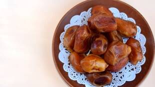 Healthy food Tamil News: reasons you should eat fresh dates this monsoon