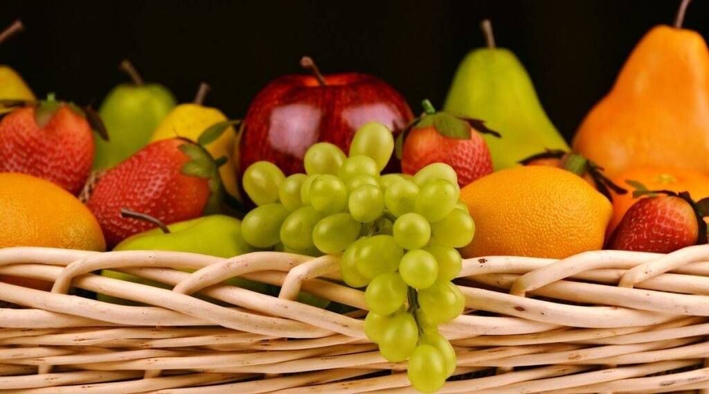 Healthy food Tamil News: Why you should eat certain fruits with their skin