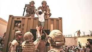 Taliban, Kabul, india, காபூல், ஆப்கானிஸ்தான், காபூல் விமான நிலையம், தலிபான்கள், இந்தியா, chaos at Kabul airport, afghanistan, Taliban takes Kabul