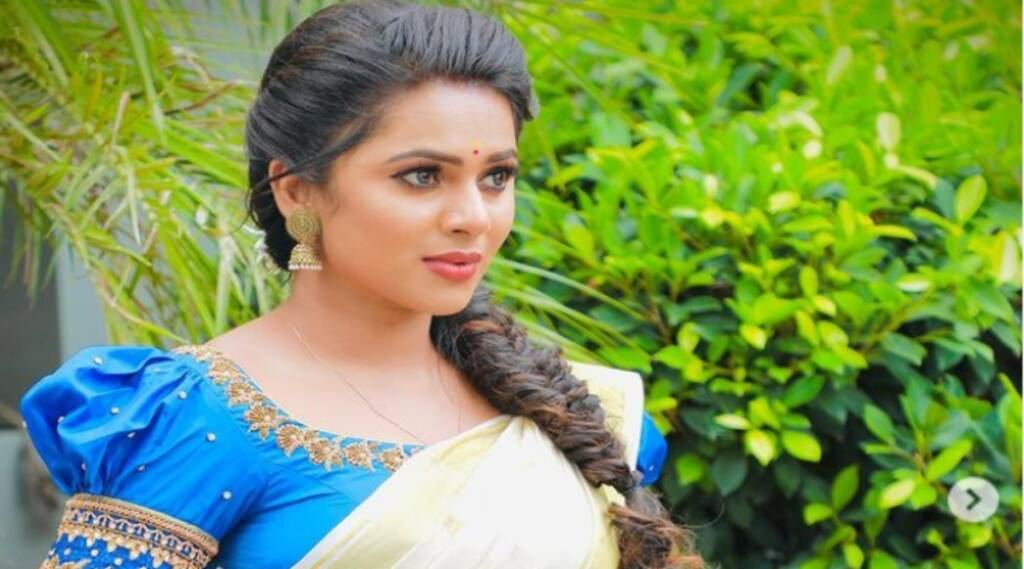 Anbe Vaa Serial Actress Delna Davis about acting Tamil News