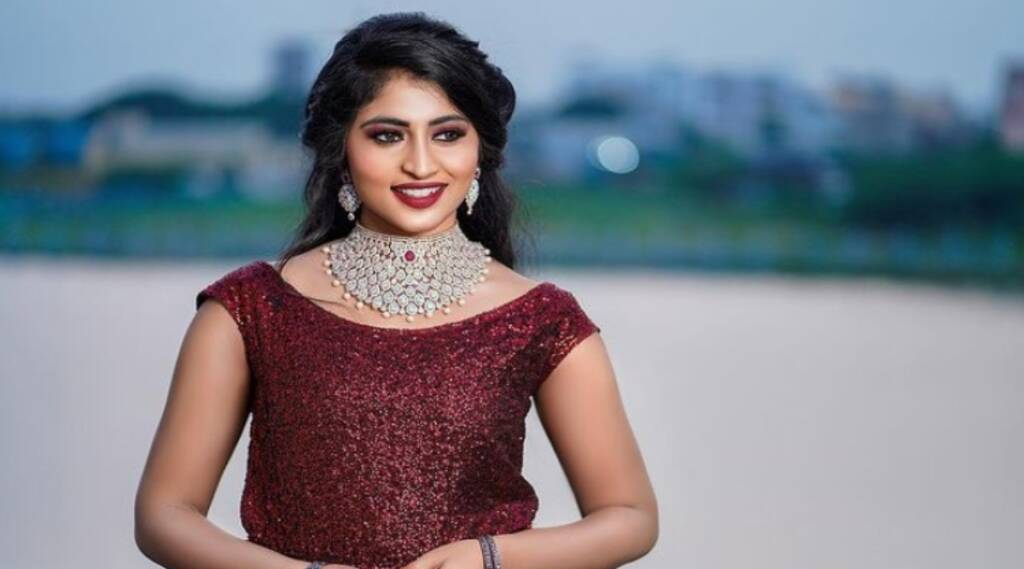 Naam Iruvar Namaku Iruvar Serial Vaishnavi Arulmozhi Beauty Secrets
