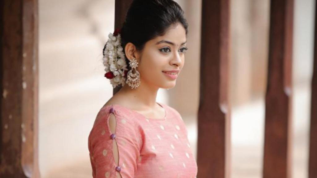 dharshana ashokan