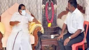 Thirumavalavan meets Minister Raja Kannappan, is minister raja kannappan insults thirumavalavan, vck, dmk, naam tamilar katchi, vck thirumavavalan, dmk miniter raja kannappan, thirumavalavan raja kannappan photo become controversy in social media, திருமாவளவன், திருமாவளவனை பிளாஸ்டிக் நாற்காலியில் அமர வைத்தாரா அமைச்சர் ராஜ கண்ணப்பன், tamil nadu politics, thirumavalavan raja kannappan photo controversy