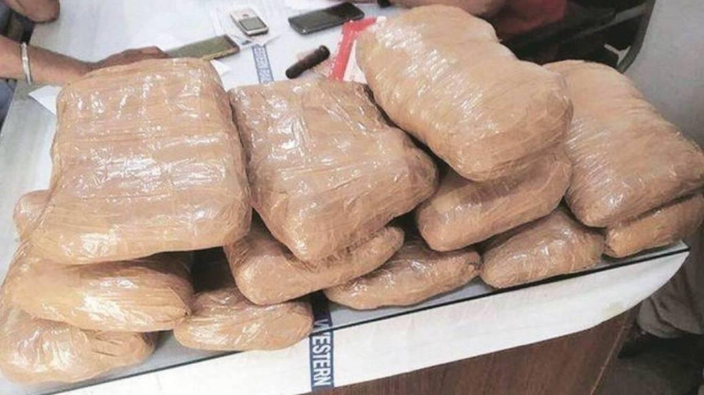 Heroin seized at Mundra port weighs 3000 kg worth Rs 21000 crore, 3000 kg worth Rs 21000 crore Heroin seized, Gujarat, Mundra port, DRI, குஜராத் முந்த்ரா துறைமுகத்தில் ரூ21000 கோடி மதிப்புள்ள 3000 கிலோ ஹெராயின் பறிமுதல், குஜராத், வருவாய் நுண்ணறிவு பிரிவு, Heroin seized, iran, afghanistan