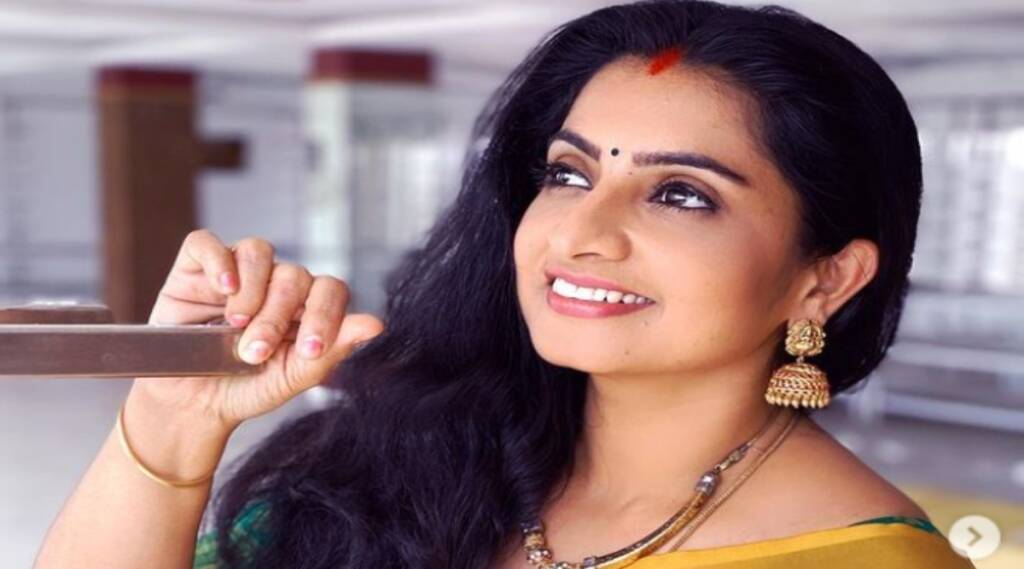 Pandian Stores Dhanam Sujitha Diet Youtube Viral Video Tamil News