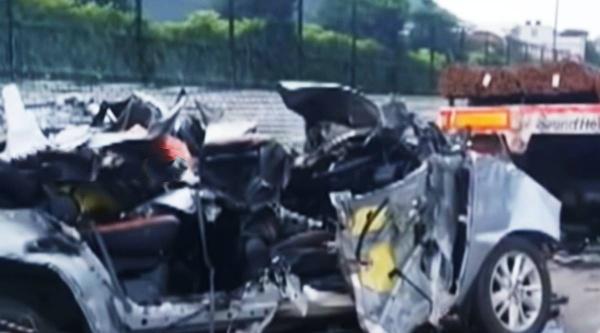 5 people killed in road accident in chennai, chennai car accident, சென்னை அருகே கார் விபத்து, பெருங்களத்தூர் அருகே கார் விபத்து, கார் விபத்தில் 5 இளைஞர்கள் மரணம், car accident near perungalathur, engineers dies in Car Lorry accident, near Perungalathur in chennai, 5 engineers dies in Car Lorry accident near Perungalathur in chennai