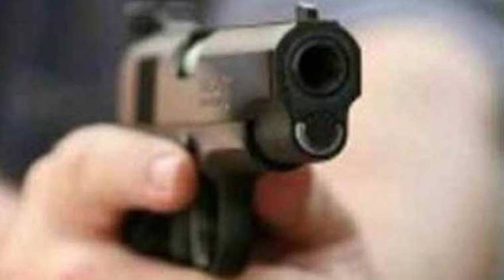 24 years old cop shoots self to suicide at Chepauk guest house Tamil News