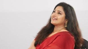 actress praveena