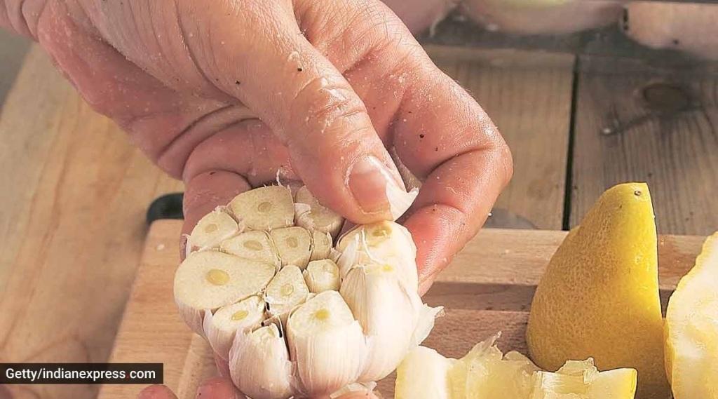ginger-garlic recipe tamil: correct ratio to make ginger-garlic paste