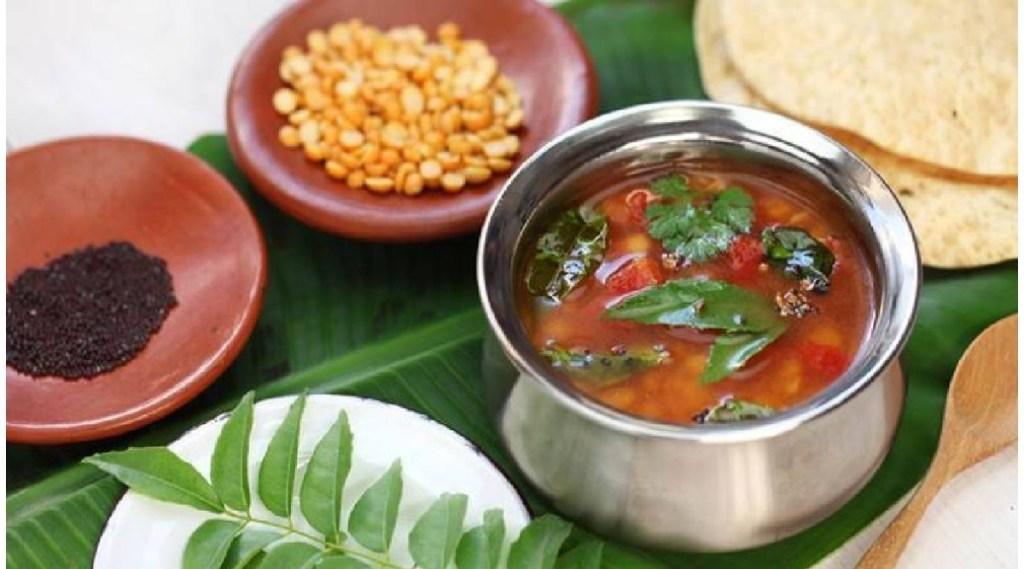 Rasam recipe in tamil: monsoon season rasam making in tamil