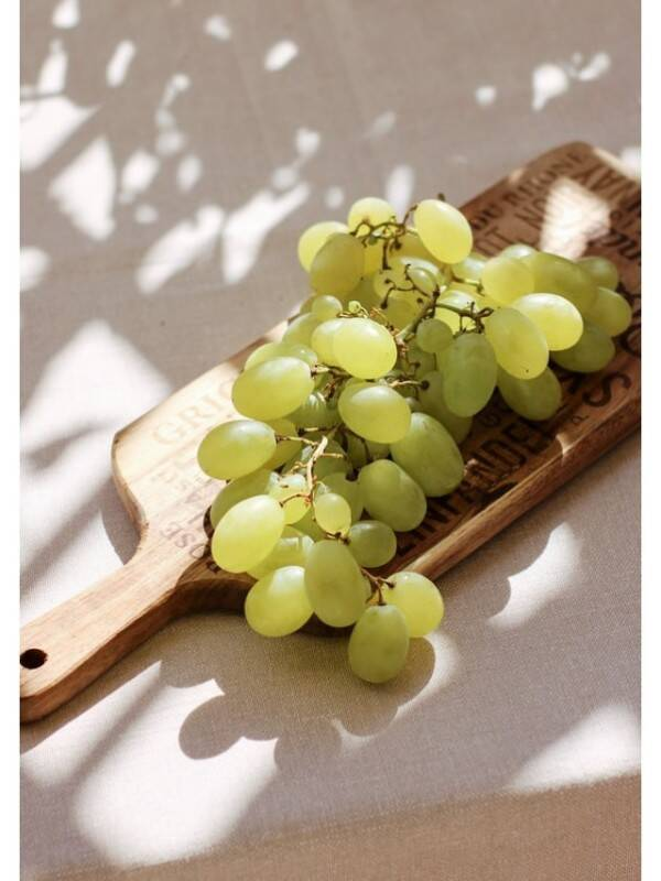 grapes 2 - unsplash (1)